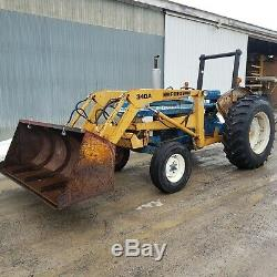 Ford 4610 with 340 Loader low hours NICE new loaded tires