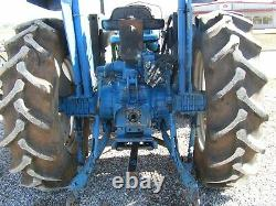 Ford / New Holland 7610 Farm Tractor 4x4 Loader 90 HP